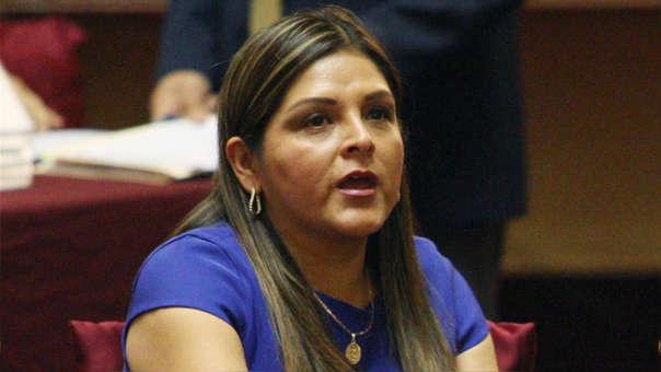 La congresista se pronunció sobre el archivamiento de las denuncias contras Chávarry.