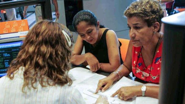 Según la SBS 59 años es ahora la edad promedio a la que se jubilan los afiliados en el sistema de AFP. La edad de jubilación legal es de 65 años.