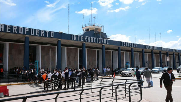 Aeropuerto Velasco Astete