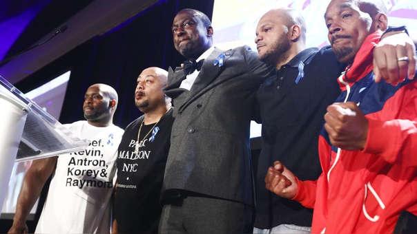 Antron McCray, Raymond Santana, Yusef Salaam, Kevin Richardson and Korey Wise, que fueron conocidos como 'Los Cinco de Central Park', durante un reconocimiento de la Unión Estadounidense por las Libertades Civiles (American Civil Liberties Union o ACLU)