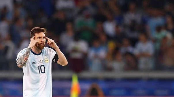 Lionel Messi anotó de penal el empate de Argentina ante Paraguay