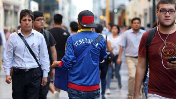 Velarde pidió solidaridad con los ciudadanos venezolanos que están atravesando una situación difícil.