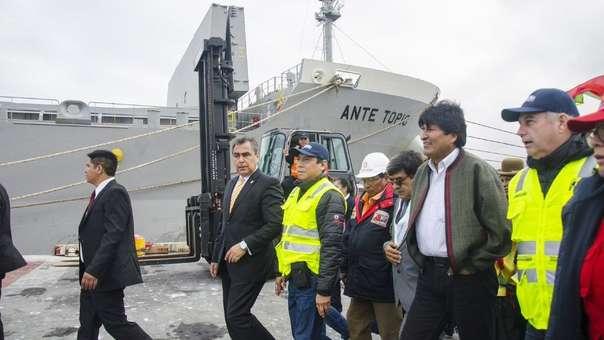 Evo Morales en el puerto de Ilo