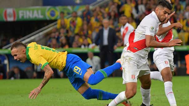 Everton - Carlos Zambrano