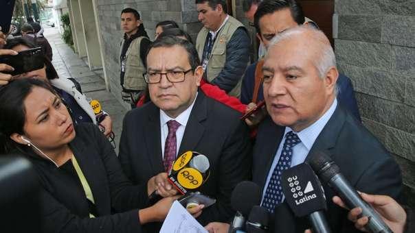 Wilfredo Pedraza y Alberto Otárola, abogados de Ollanta Humala y Nadine Heredia.
