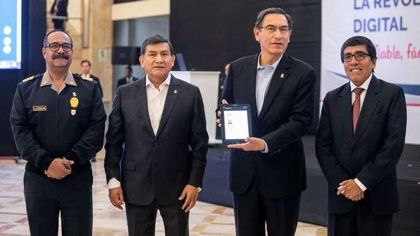 El presidente Vizcarra y el ministro del Interior participaron de la presentación del nuevo servicio.