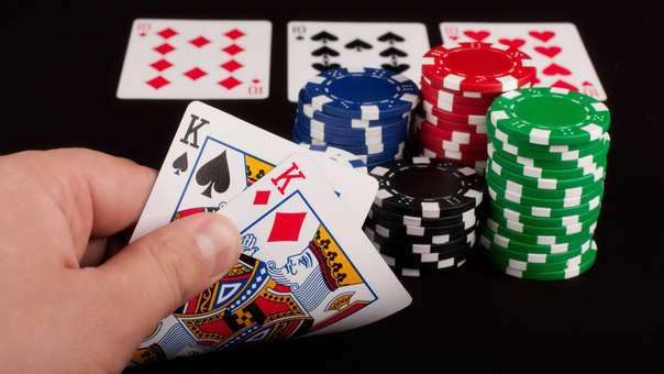 Una inteligencia artificial fue capaz de derrotar a seis jugadores de póker
