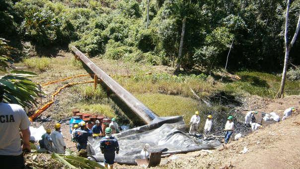 Estragos del derrame de petróleo en Amazonas.