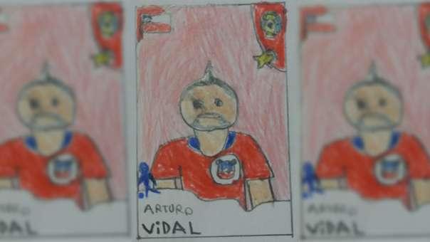 El jugador chileno dibujado respondió el tuit de la madre del menor.