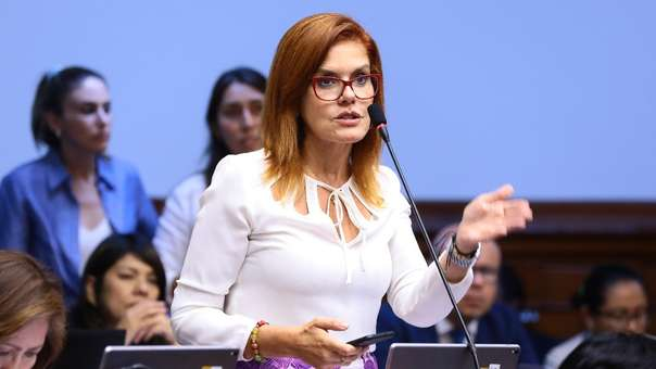 Mercedes Aráoz, vicepresidenta y congresista de Peruanos por el Kambio.