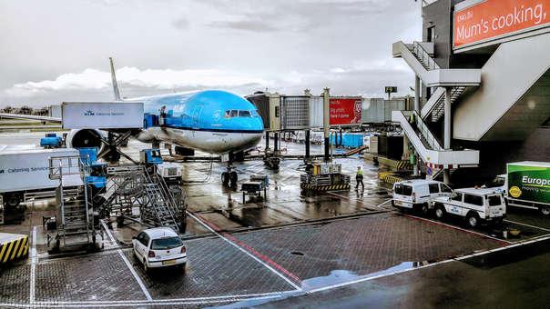 La cuenta de KLM India publicó un tuit explicando la tasa de mortalidad en un accidente aéreo en base al asiento del pasajero