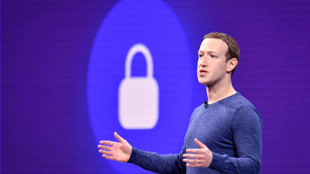 FILES-US-IT-LIFESTYLE-REGULATE-FACEBOOK