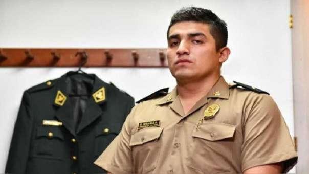 Elvis Miranda,  acusado del delito de homicidio simple.