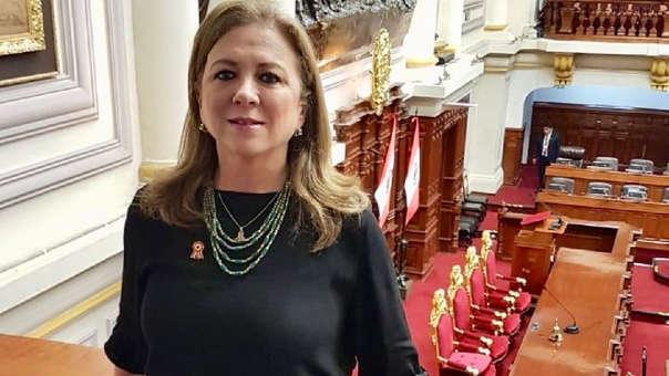 María Isabel León advirtió que esta medida solo perjudica el avance  y la estabilidad económica del país.