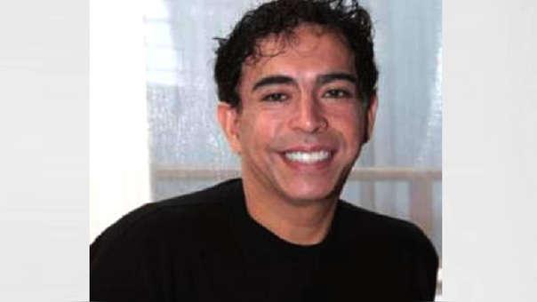 Ernesto Pimentel muestra primera foto de su hijo Gael