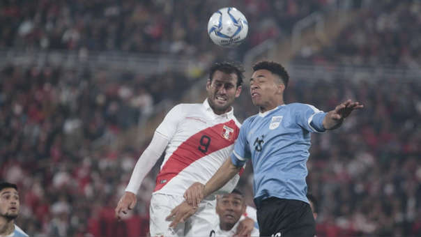Perú cayó 2-0 ante Uruguay