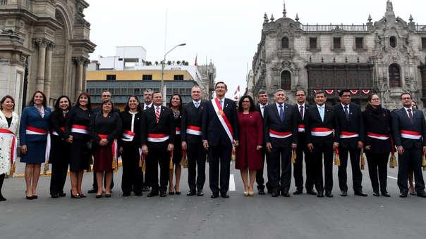 Martín Vizcarra y su Consejo de Ministros