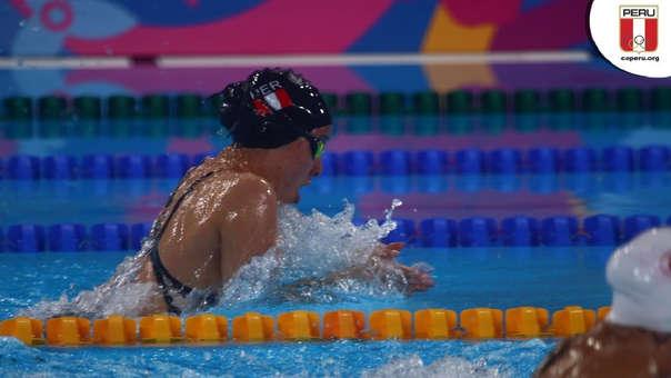 Paula Tamashiro rompió récord nacionales de natación