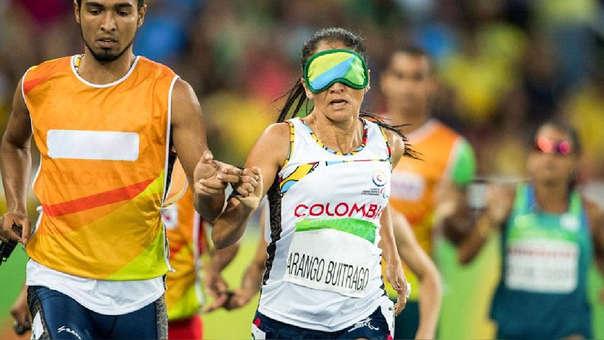 Para atletismo: atleta y su guía.