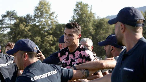 Fanático surcoreano viajó a Suecia y encaró a Cristiano Ronaldo
