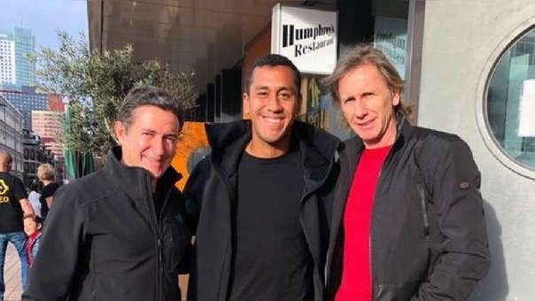 Ricardo Gareca visitó a Renato Tapia en Rotterdam