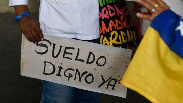 VENEZUELA-CRISIS-ECONOMY-NURSES