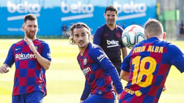 Lionel Messi entrenó con el primer equipo