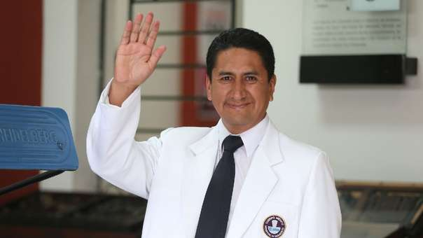 El suspendido gobernador fue detenido esta tarde en Junín.