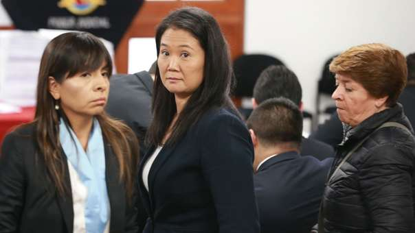 Giulliana Loza, abogada de Keiko Fujimori, volvió a criticar al fiscal Pérez.