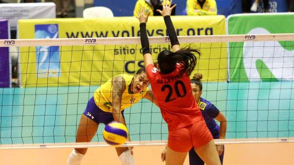 Perú cayó 3-0 ante Brasil en el Sudamericano de Voleibol en Cajamarca