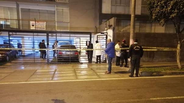 Miraflores   Delincuentes dejan tres heridos de bala tras el robo de lujoso reloj [AUDIO]   audio   Policía N