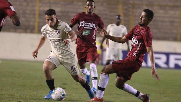 Henry Vaca ingresó en el segundo tiempo en la victoria de Universitario ante Melgar.