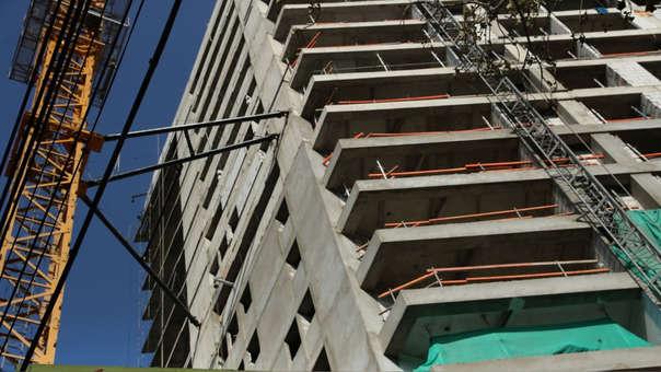 El área construida promedio de viviendas en Lima subió 0.77% al pasar de 62.6 m2 a 63.4 m2 en los últimos cuatro meses.