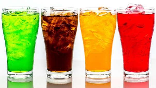 El mayor consumo de bebidas gaseosas y dulces aparece vinculado con un aumento del riesgo de muerte por todo tipo de enfermedades, excepto cáncer, según un estudio en 10 países europeos a lo largo de 16 años.