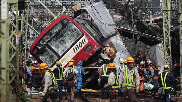 JAPAN-ACCIDENT-TRAIN