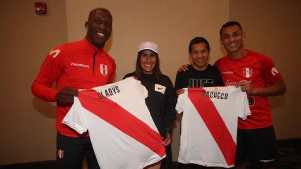 Gladys Tejeda y Cristian Pacheco visitaron a la Selección Peruana