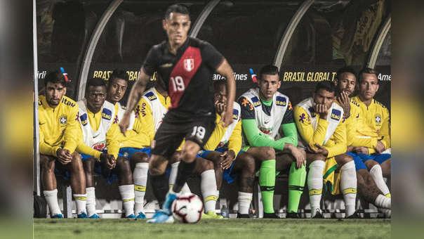 Yoshimar Yotún fue titular con la Selección Peruana ante Brasil