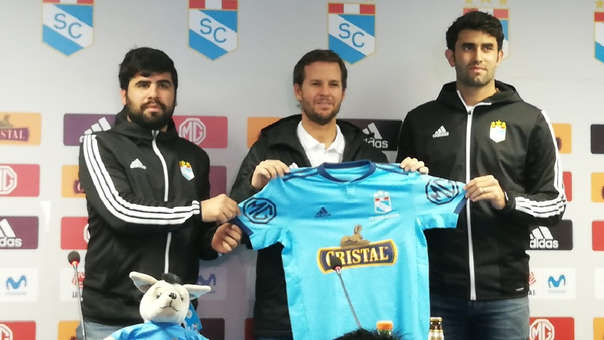 Manuel Barreto fue presentado como nuevo director técnico de Sporting Cristal