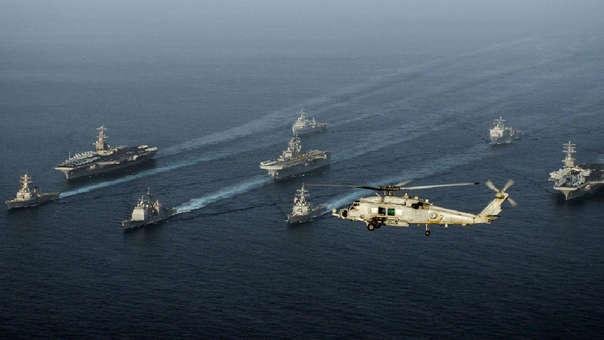 Naves de EE.UU en Golfo de Omán