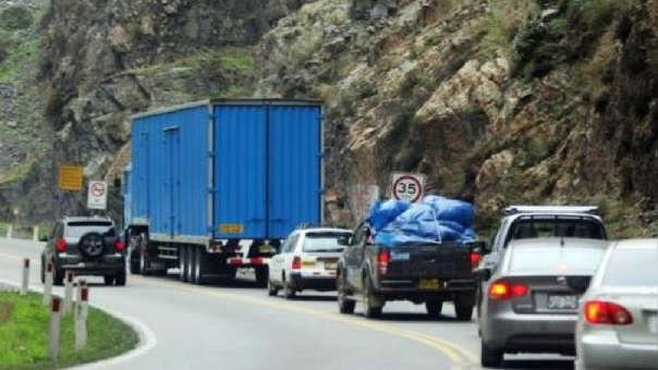Cuéllar también solicitó ante la Comisión de Transportes y Comunicaciones del Congreso declarar en emergencia la Carretera Central durante el periodo de ejecución de la Línea 2 del Metro de Lima.