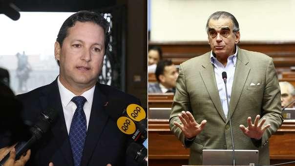 Daniel Salaverry y Pedro Olaechea tuvieron polémica en Twitter.