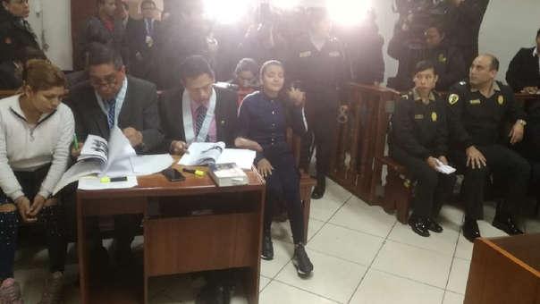 Claudia Haro Salazar, escupió y agredió en reiteradas oportunidades a un oficial.