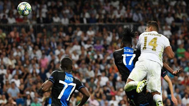 ¡Igualó el marcador! Casemiro anotó el 2-2 para Real Madrid sobre Brujas por Champions League