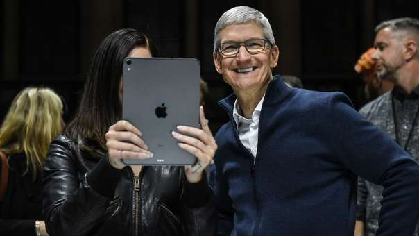 US-APPLE-HOLDS-LAUNCH-EVENT-IN-BROOKLYN