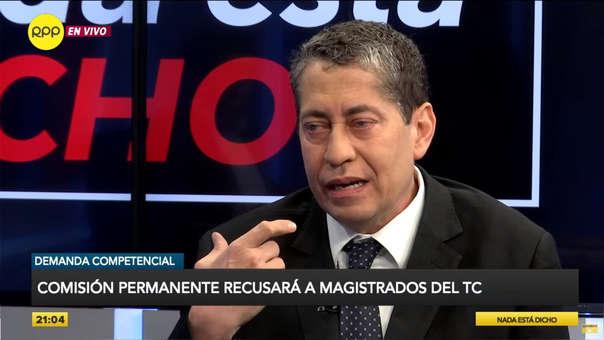 Eloy Espinosa-Saldaña dijo que es competencia del Tribunal Constitucional decidir qué magistrado se va y que no hay una regla de antigüedad.