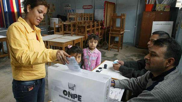 El Perú elegirá nuevos congresistas en enero del 2020
