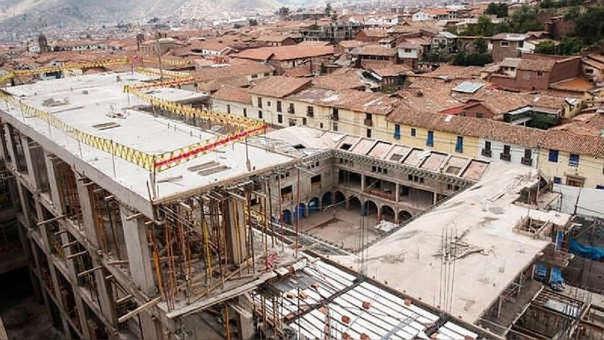 El edificio en cuestión está ubicado a tan solo tres manzanas de la plaza mayor de Cusco.