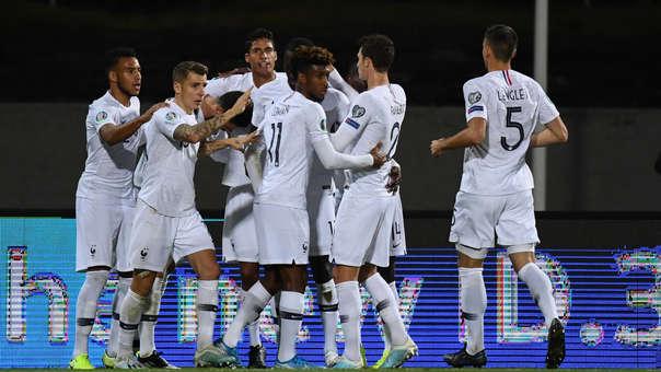 Francia venció 1-0 a Islandia