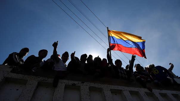 Ecuador sale este lunes de su peor crisis en décadas, con un país que estuvo paralizado durante casi dos semanas por las manifestaciones contra el aumento de los precios del combustible.