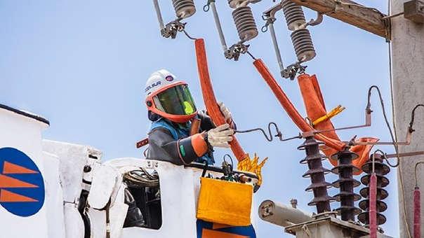La empresa china ha invertido en Perú en el desarrollo de la Obra de la  Central Hidroeléctrica San Gabán III  en el 2016 (con la empresa Hydroglobal) y adquirió la Central Hidroeléctrica de Chaglla en el 2018.